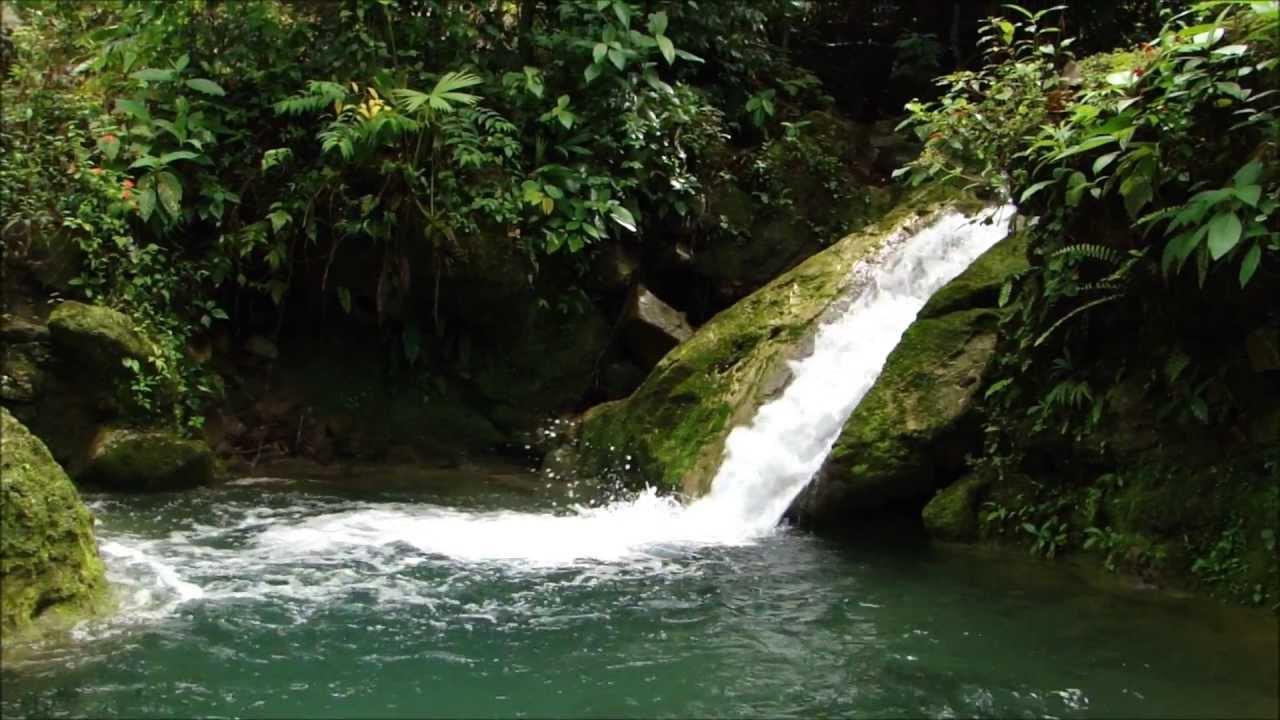 Corriente de agua en el Pozo Las Molinillas