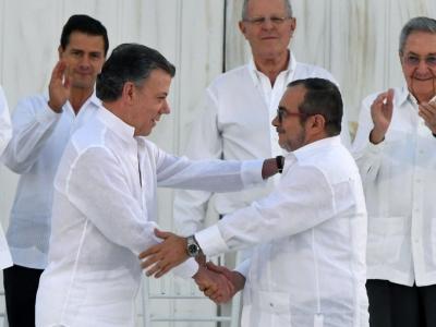 Histórico: ¡El Gobierno firmó la paz con las Farc, después de 52 años de conflicto armado!