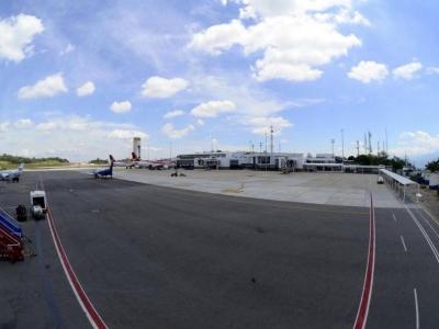 Pista del aeropuerto (Foto: Archivo/ VANGUARDIA LIBERAL)